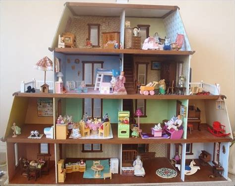 calico critters doll house julia s bookbag the calico critter hotel dollhouse pinterest the o jays hotels and