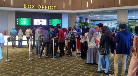 cinema 21 kamis cinema xxi mbk putar fast and furious 8 penonton antre