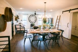 Magnolia Farms fixer upper season 3 episode 6 the barndominium
