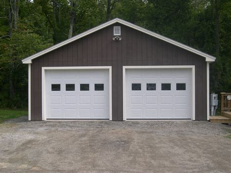 custom garages homes