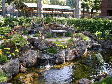 water feature design what needs to be done to create a backyard water feature