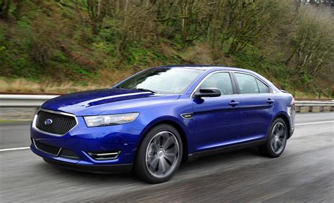 ford taurus car and driver
