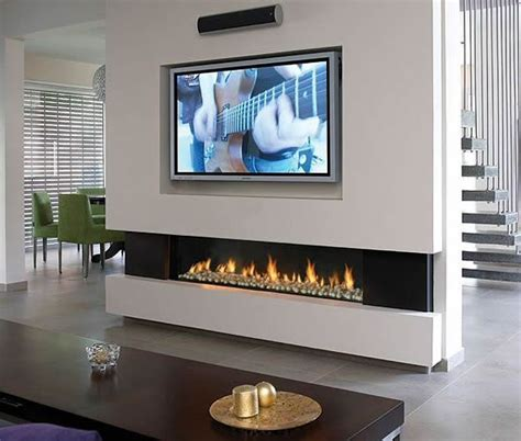 Mounting Tv Gas Fireplace by 25 Best Ideas About Fireplace Tv Wall On