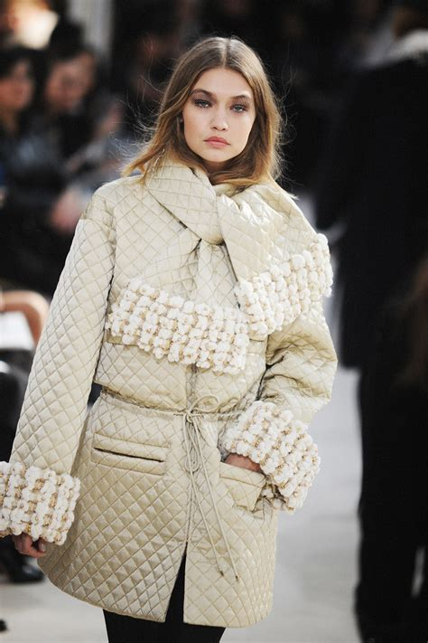 Winter At Chanel by Chanel Fall Winter 2016 Collection Crash Magazine