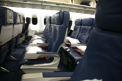 united airlines comfort class image gallery 767 400 economy