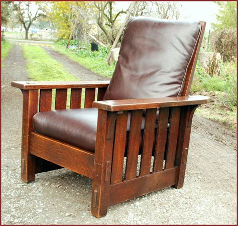 Stickley Morris Chair by Voorhees Craftsman Mission Oak Furniture Early Gustav Stickley Morris Chair Model 2342