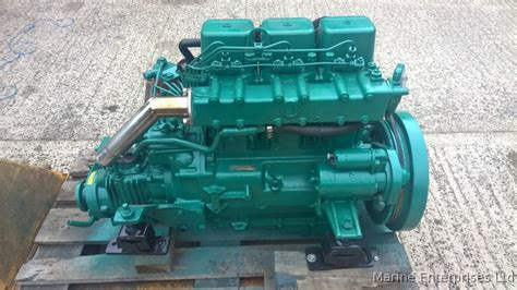 volvo penta mdd hp marine diesel engine package  dorset south west boats  outboards