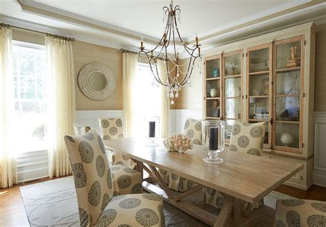 Gold Dining Room White And Gold Dining Room Dining Room Wainscoting Transitional Dining Room Giannetti Home