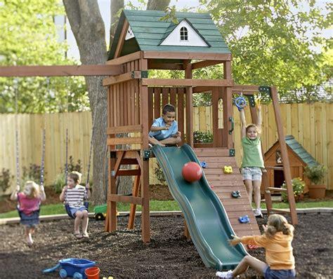 spielplatz selber bauen kinder spielplatz bauen 25 ideen f 252 r spielger 228 te und deko