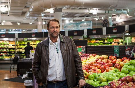 popular grocery stores grocery stores the best of america and the worst of