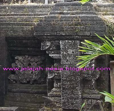 Batu Drajat Agung wisata religi di makam sunan drajat lamongan oleh heri