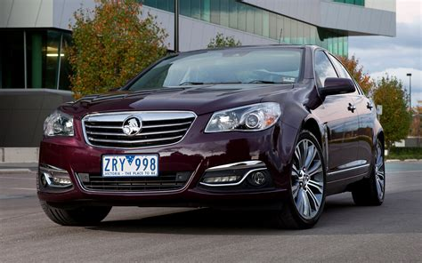 Holden Car Wallpaper Hd by Holden Calais V 2013 Wallpapers And Hd Images Car Pixel