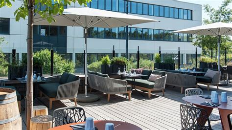 am 233 nagement terrasse restaurant au comptoir v 233 nitien