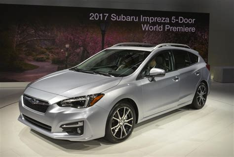 subaru hatchback 2 door all new 2017 subaru impreza priced from 19 215