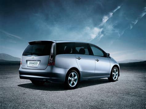 mitsubishi grandis mitsubishi grandis technical specifications and fuel economy