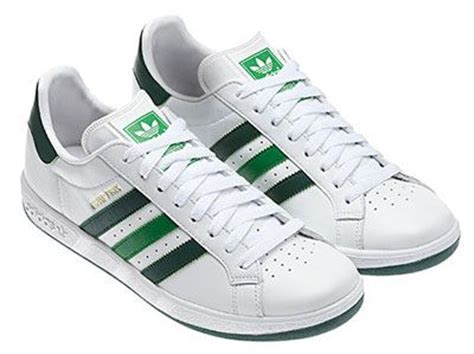 Sepatu Adidas Grand Prix adidas grand prix trainers return in white and green kicks trainers grand prix