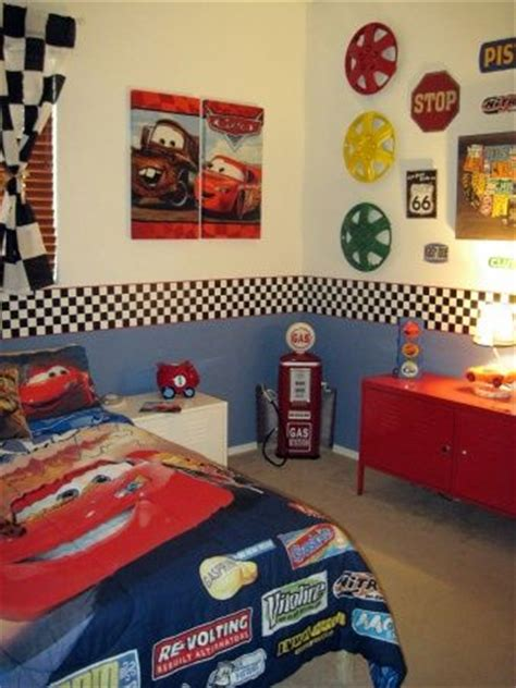 boys car themed bedroom best 25 toddler boy bedrooms ideas on pinterest toddler