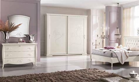 armadio da letto ante scorrevoli camere da letto classiche con armadi ante scorrevoli con