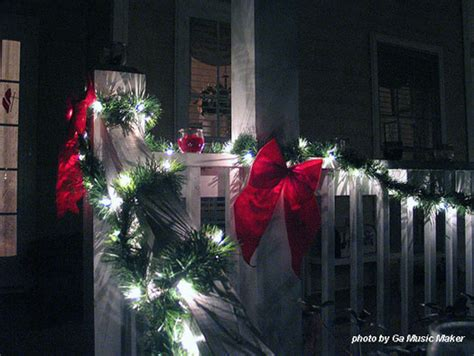 christmas decorating   budget fun ideas