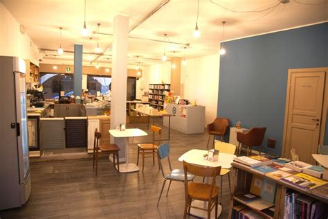 libreria caffetteria la caffetteria il mondo non vedo libreria