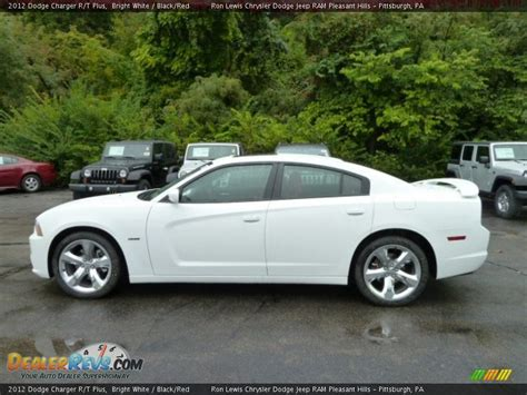 2012 dodge charger rt plus bright white 2012 dodge charger r t plus photo 2