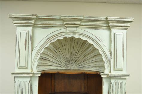 20th century shell carved country style corner
