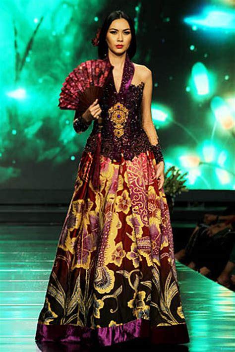 design batik anne avantie contoh gaun pendek new style for 2016 2017