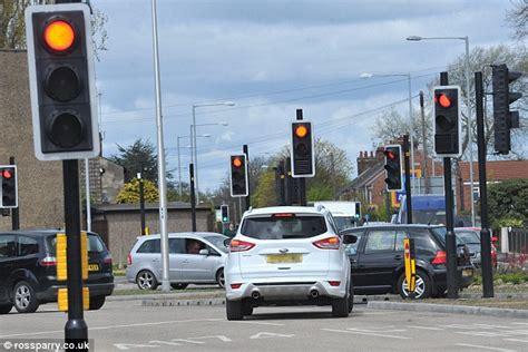 plano red light cameras transportes 187 poupar melhor