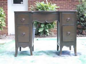 Painting wood furniture painting furniture ideas how to paint old