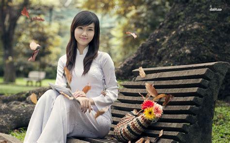 wallpaper girl vietnam beautiful vietnam wallpaper wallpapersafari