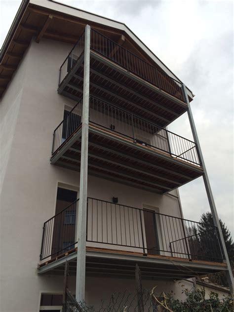 foto di terrazzi cool di struttura portante per terrazzi con tubolari e