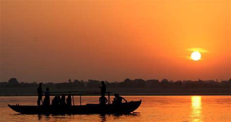 boat ride varanasi morning boat ride on ganges in varanasi 1day varanasi