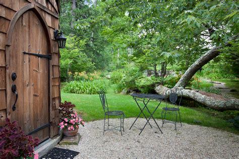 Studio Cottage by Silo Studio Cottage