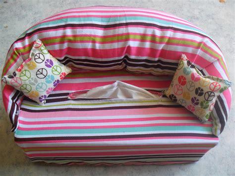 Tuto Boite Mouchoir Tissu by Bo 238 Te 224 Mouchoirs Canap 233 Fa 231 On Ma 239 E