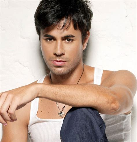 Enrique Iglesias Hairstyle by Enrique Iglesias Hairstyles The Years Hairstyle
