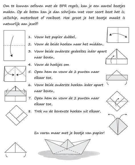 bootje in papier vouwen bootje vouwen jeugdzeilacademy nl