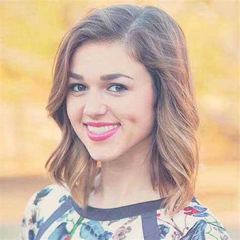 sadie robertson cute dimples celebrities 15 short shoulder length haircuts short hairstyles 2016