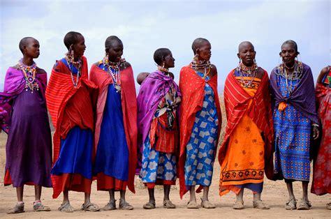 trending ladies wear kenya book of kenya women dresses in us by benjamin playzoa com