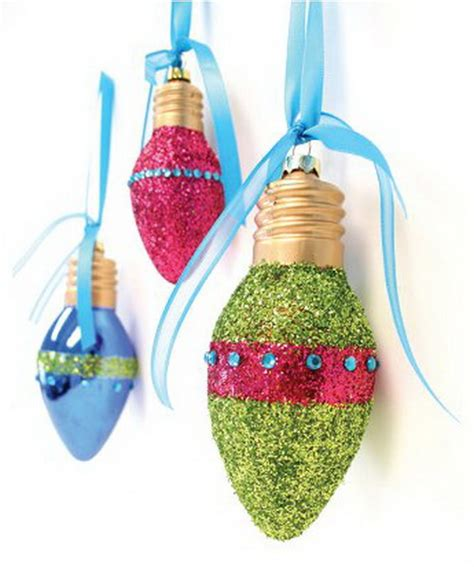 christmas ornaments made from light bulbs recycled light bulb decorations weirdomatic