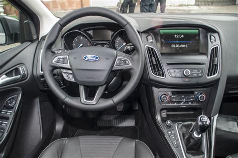 focus interni nuova ford focus 2017 prova su strada prezzi motori e
