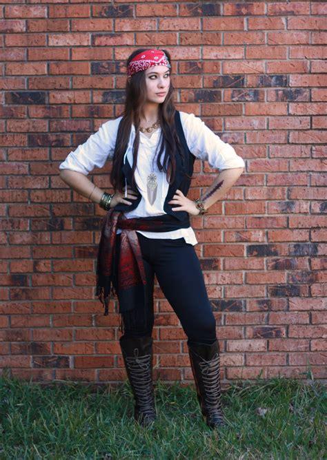 Simple Pirate Costume Idea | halloween costume ideas sarah forshaw s blog