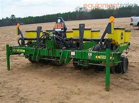 Deere Maxemerge Planter For Sale by Used Deere 1700 Maxemerge Xd For Sale