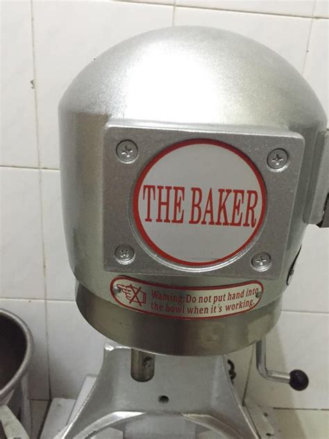 Mixer The Baker heavy duty mixer to let go secondhand my