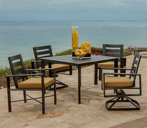 Modern Patio Dining Set   Patio Design Ideas