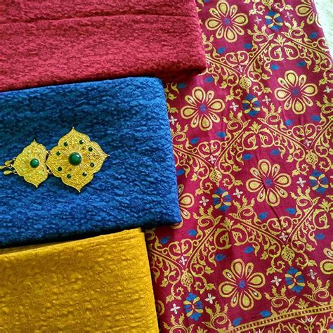 Kemeja Hem Batik Prada Bunga kain batik prada motif bunga ka3 22 batik pekalongan by