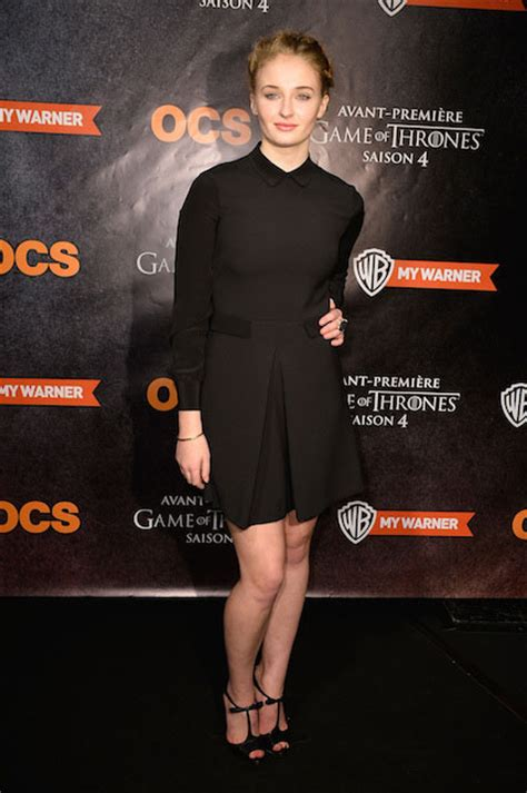 sophie cookson tall sophie turner height weight body statistics healthy celeb