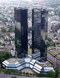 deuts che bank deutsche bank raises the warning flag 187 alex jones