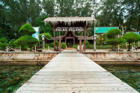 Paket Pelangi paket wisata pulau pelangi kepulauan seribu