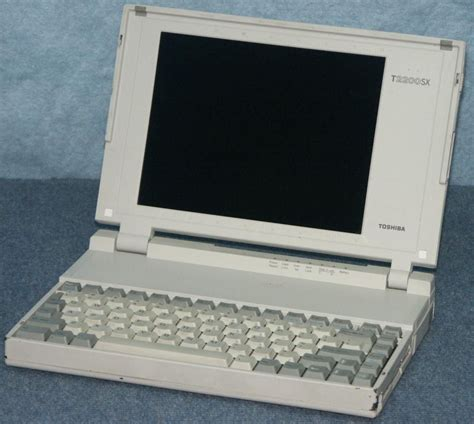 the toshiba tx1200xe is a fairly standard 80286 laptop computer from the early 90 s