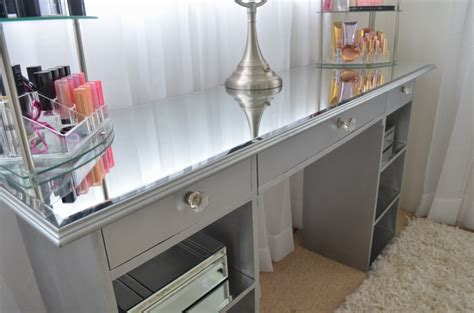 Diy Mirrored Desk Modern Bohemian Lifestyle Diy Mirrored Vanity